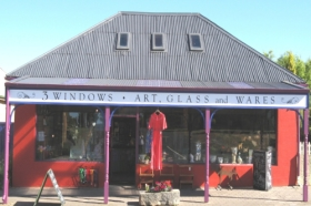 3 Windows Gallery - Accommodation Port Macquarie