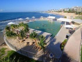 Kings Beach - Beachfront Salt Water Pool - Accommodation Port Macquarie
