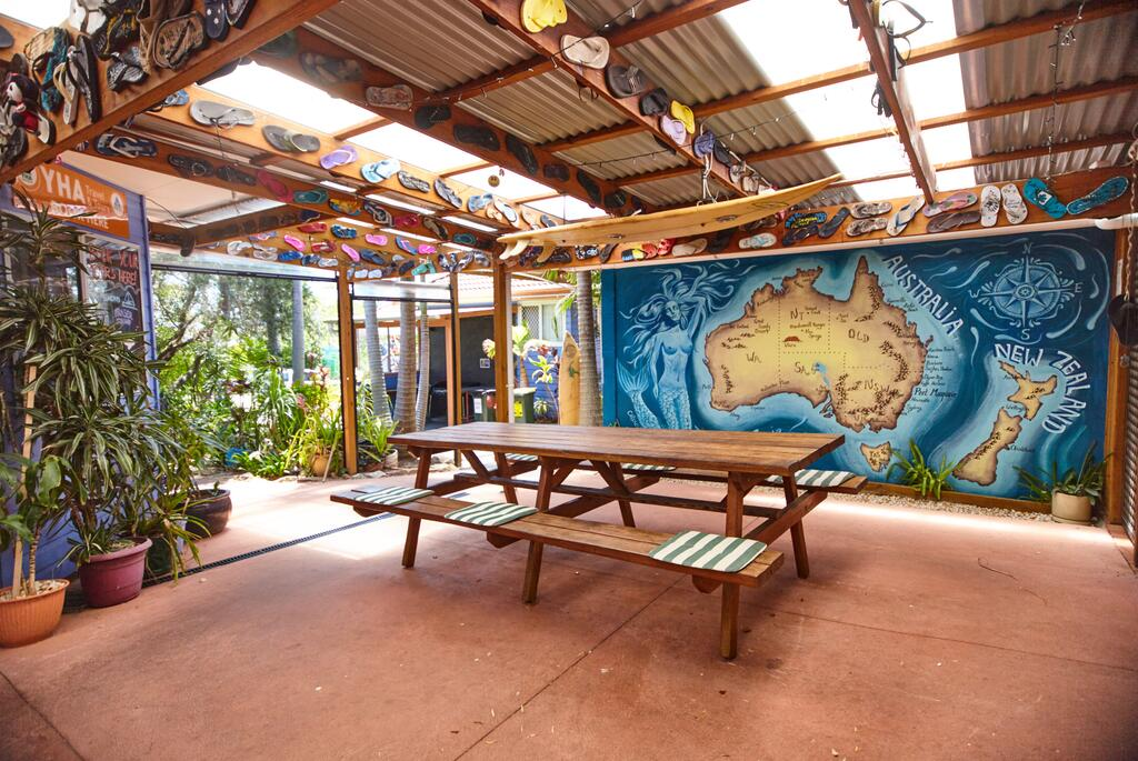 Ozzie Pozzie Backpackers - Port Macquarie YHA - Accommodation Port Macquarie