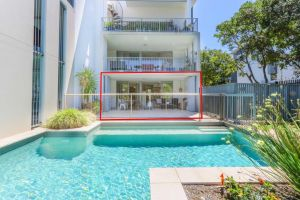 A Deluxe Swim Up - Drift Apartments South - Accommodation Port Macquarie